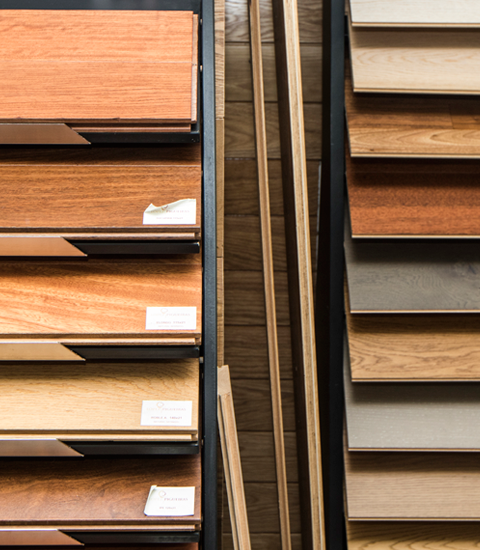 Renueve-empresa-de-reformas-en-a-coruña-venta-de-materiales-proyecto-3d-gratis-expositor-muestras-maderas-parquet-cambiar-parquet-tarima