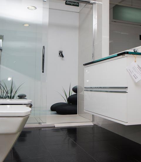 exposición-baño-cambio-Renueve-empresa-de-reformas-en-a-coruña-reformas-integrales-llave-en-mano-planos-diseño-3d-personal-profesional-y-técnico-reforma-cocina