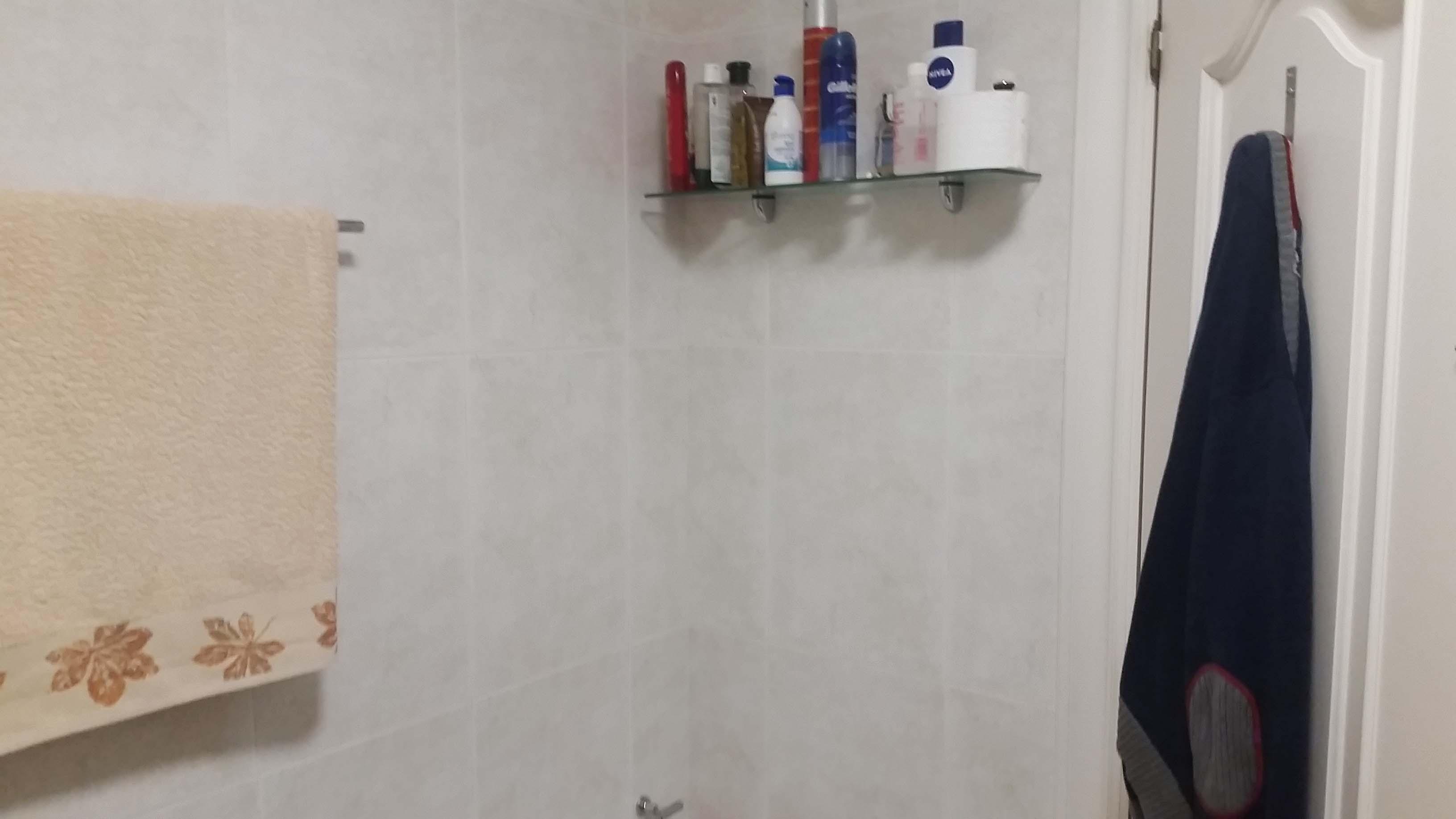 antes-Baños-express-Baño-reforma-coruña-cambio bañera por plato de ducha-aseo-renovar-contratista-empresa-de-reformas-renueve su casa-fernando Macías_9