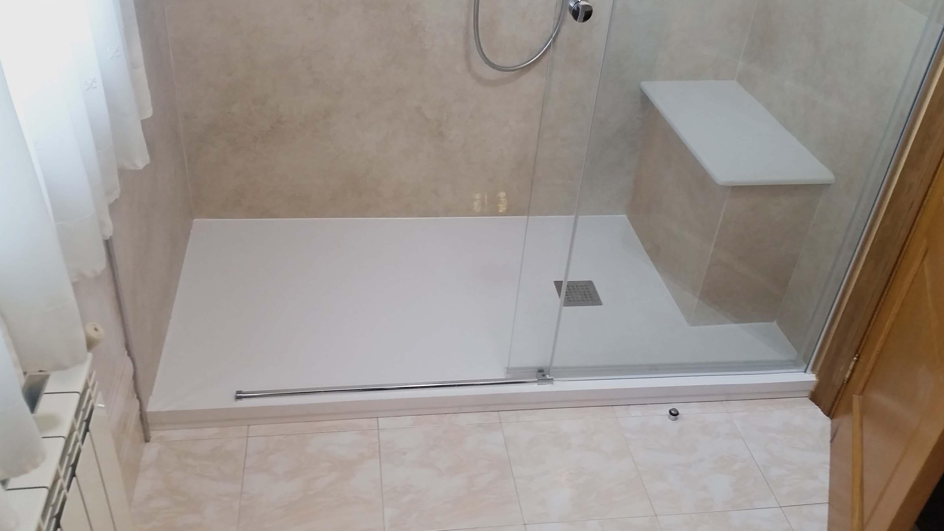 después-Baños-express-Baño-reforma-coruña-cambio bañera por plato de ducha-aseo-renovar-contratista-empresa-de-reformas-renueve su casa-Montrove_1