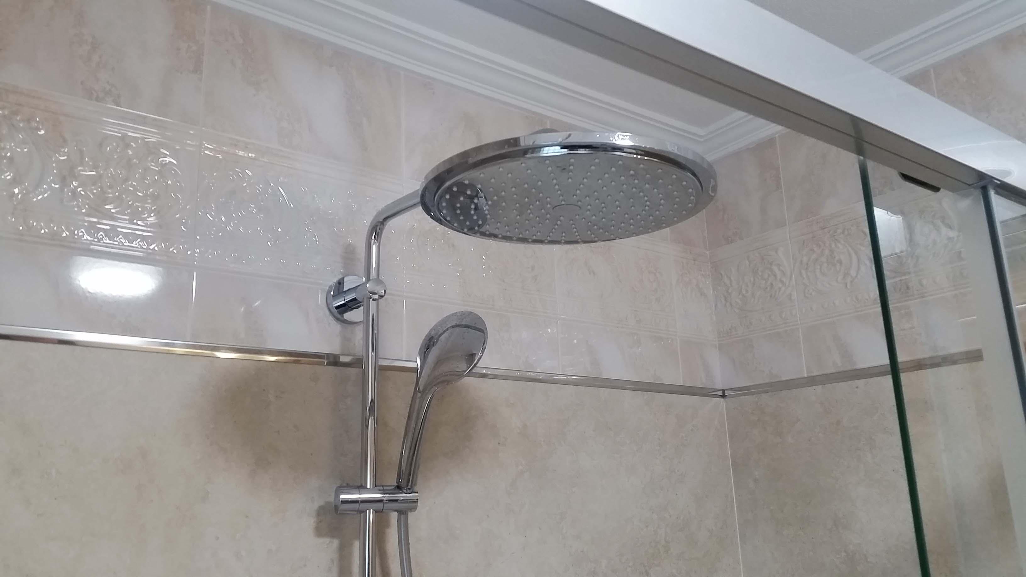 después-Baños-express-Baño-reforma-coruña-cambio bañera por plato de ducha-aseo-renovar-contratista-empresa-de-reformas-renueve su casa-Montrove_6