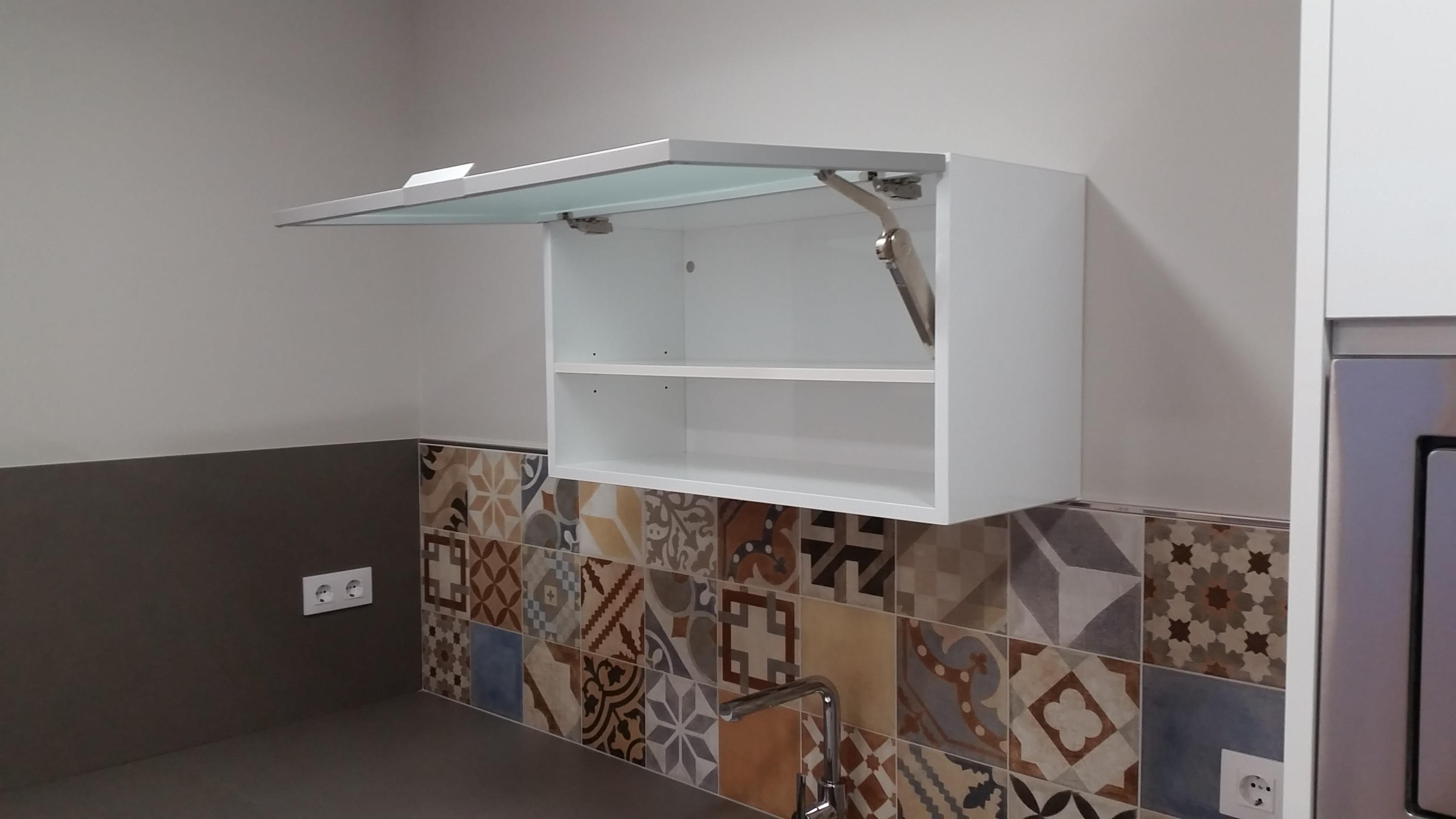 despues-Baños-express-Baño-reforma-coruña-cambio bañera por plato de ducha-aseo-renovar-contratista-empresa-de-reformas-renueve su casa_4